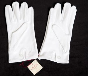 Dents White Cotton Gloves With Button Cuff
